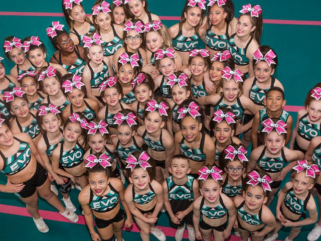 https://evocheer.com/wp-content/uploads/2018/10/team-camp-640x480.jpg